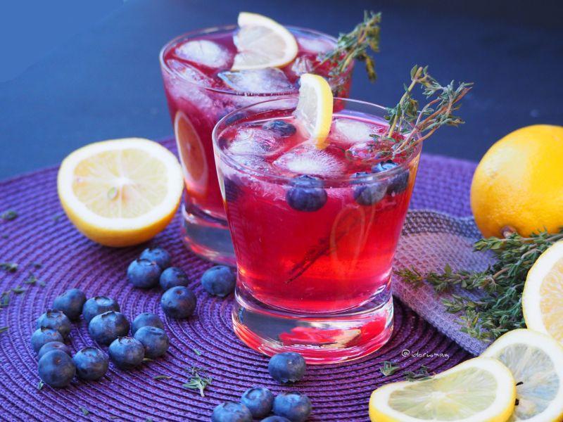 Thymian Beeren Gin Cocktail