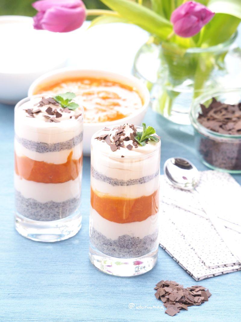 Locker, luftig, lecker: Cremig fruchtiges Mohndessert in Schichten