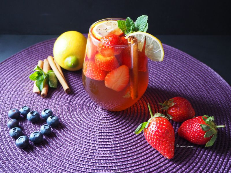 Infused Water - Erdbeer Zimt Tee Saft
