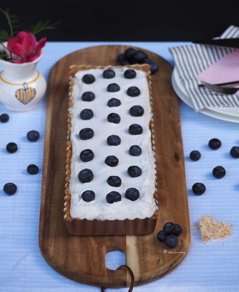 Locker(er) flockiger Kokosnuss-Creme Kuchen