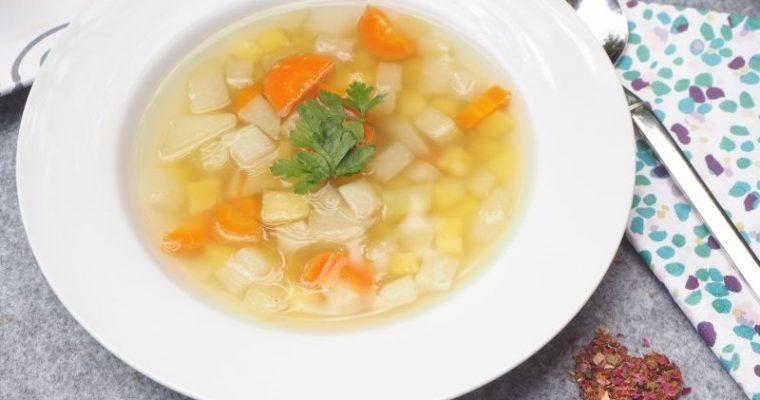 Einfach, lecker, günstig: Kohlrabi Gemüse Suppe aus nur 3 Zutaten