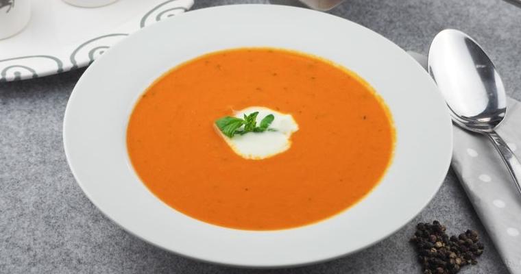 Cremig herzhafte einfache Tomaten – Kokos Suppe