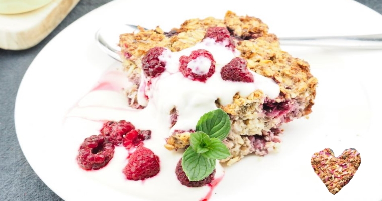 Baked Oatmeal - With raspberries, coconut flakes and chia seeds - Vegan Breakfast Recipe