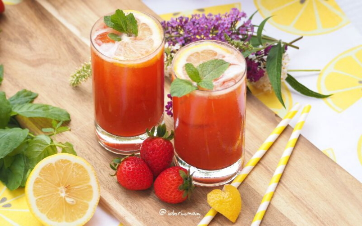 It's fresh, so fresh - Strawberry Lemonade with mint - Vegan recipe