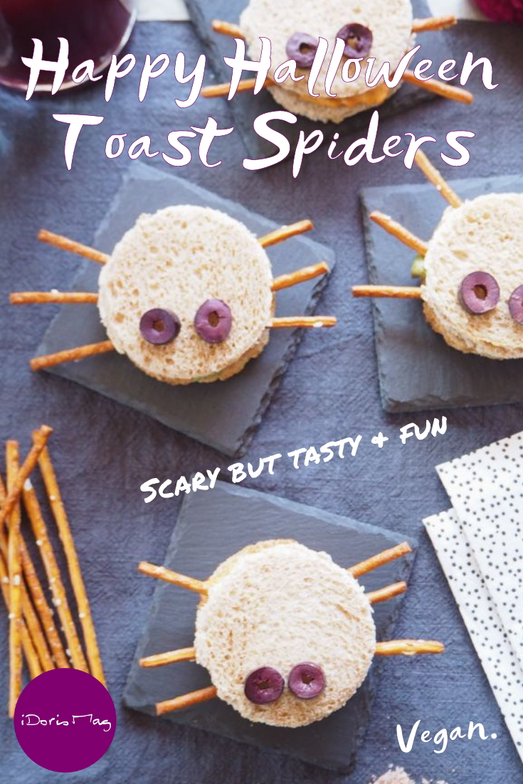 Happy Halloween - Vegan Party Recipe - Toast Spiders