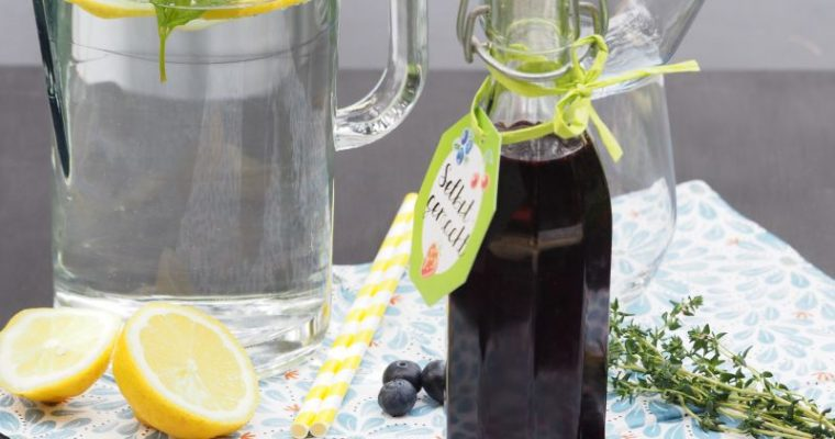 Heidelbeer Thymian Sirup – Cocktail und Mocktail [inkl. Etiketten]