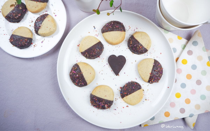 Vegan Cardamom Cookies with chocolate - Vegan Recipe
