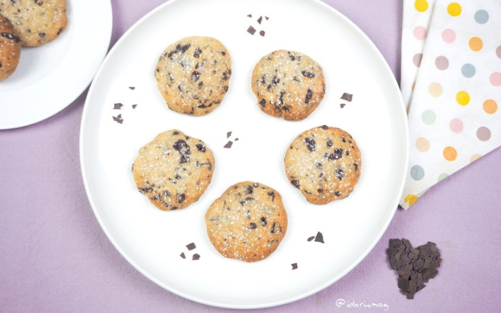 Vegan Vanilla Chocolate Chunk Cookies - Vegan Recipe - Plant-based Recipe