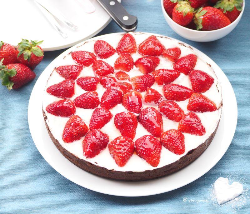 Veganer Cremiger Erdbeer Kuchen