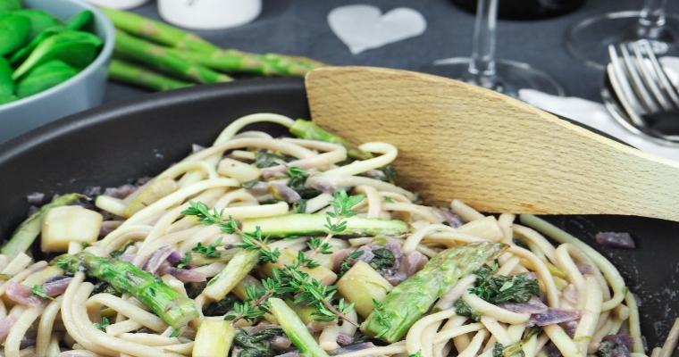 Marktfrisch – Spinat Spargel Pasta