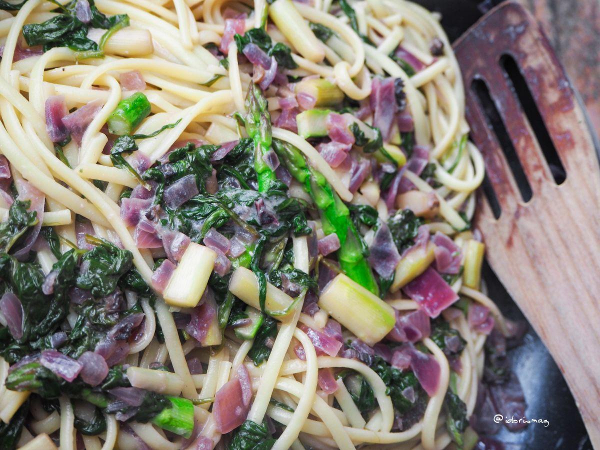 Vegane Spinat Spargel Pasta (Spaghetti / Linguini)
