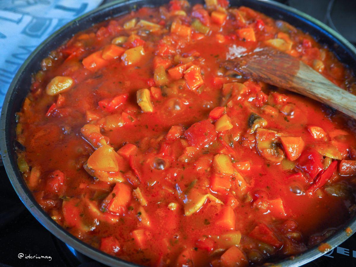 Mediterrane Gemüse Pasta - Veganes Rezept
