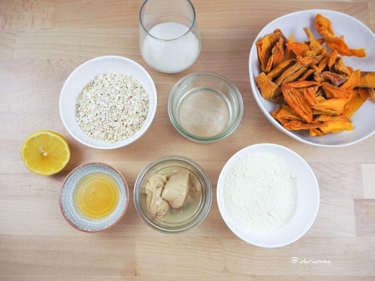 Veganes Rezept - Bliss Balls - Energy Btes -Pralinen - Mango Haferflocken Kokos Pralinen