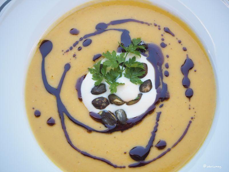Suppen - KürbisKokosLinsenSuppe12.jpg